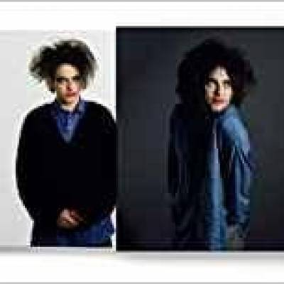 Tom Sheehan - In Between Days The Cure In Photographs 1982 - 2005 ( Deluxe Edition )